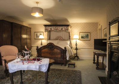 Master Bedroom / Bridal Suite